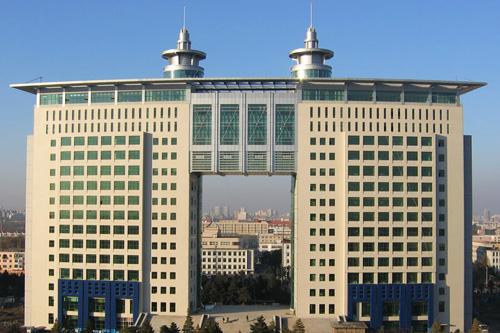 长春�工大学科技大厦