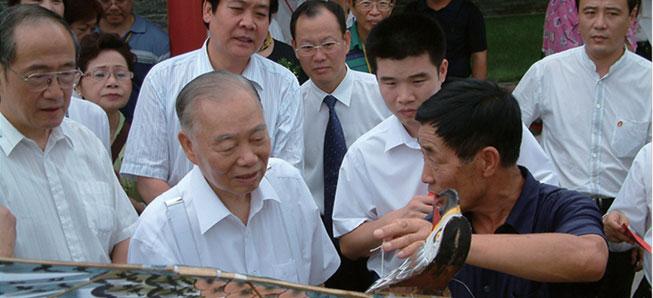 全国政协主席张克辉在杨家埠
