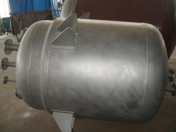 亚光处理的不锈钢反应釜
