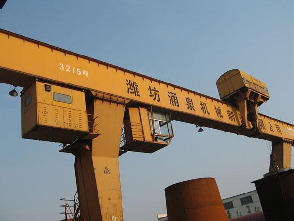 32吨起重机
