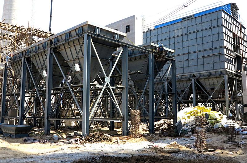 青州益能130吨锅炉除尘器安装现场