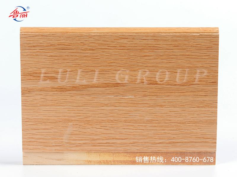 實木結構板貼紅橡木皮上UV