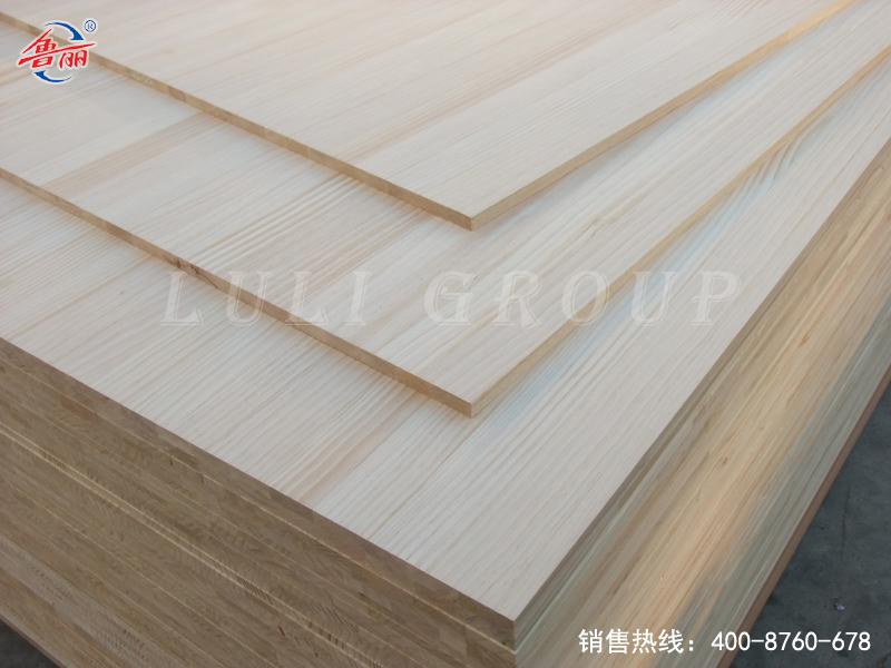 Radiata pine laminated board composite board